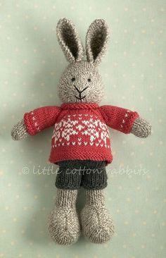 Very cute but can't get to the link to see if it is a purchase or pattern. Avid knitters could get the idea from the picture for design and re-create using other bunny patterns - check Ravelry! Knitted Bunnies, Knitted Animals, Knitted Dolls, Crochet Toys, Knit Crochet, Knitting Projects, Crochet Projects, Knitting Patterns, Rabbit Shop