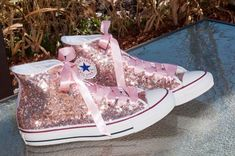 Gold Sequin Converse® High Tops Sneakers Adorable rose gold sequin Converse hi tops with ribbon laces. Perfect for weddings!Adorable rose gold sequin Converse hi tops with ribbon laces. Perfect for weddings! Converse All Star, Sequin Converse, Converse Shoes, Converse High, Pink Glitter Converse, Bling Converse, Bling Shoes, Glitter Shoes, Glitter Hair