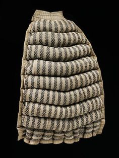 Bustle Pad 1875, made from linen and stuffed with horse hair. Victoria & Albert Museum (T.57-1980)