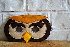 CHILD Felt Barn Owl mask Halloween costume Photography prop. $18.00, via Etsy.