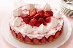 Discover a go-to collection of strawberry cheesecake recipes. From no-bake to easy recipes, My Food and Family has rich & creamy strawberry cheesecake recipes. Kraft Foods, Kraft Recipes, Cake Recipes, Dessert Recipes, Cheese Recipes, Dessert Cups, Dessert Table, Köstliche Desserts, Delicious Desserts