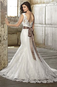 Zola Keller bridal and special occasion wear located on Fort Lauderdale's world famous Las Olas Boulevard