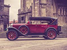 Are you looking for a special vintage touch to your wedding? www.bookaclassic.co.uk #bookaclassic #classiccar #carlovers #lovecars #luxurycars #supercars #weddingcar #vintagecar #oldtimer #youngtimer #prewarcar #vintageweddingcar #happywedding #Buick #WednesdayWisdom