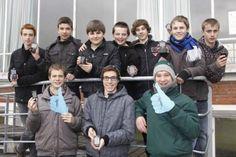 De leerlingenraad van de tweede graad van het VTI heeft actie gevoerd om het gebruik van de gsm tijdens pauzes toe te laten.