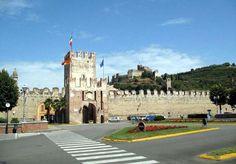 Gallery Verona Italy, Roxy, Louvre, Gallery, Building, Travel, Viajes, Roof Rack, Buildings