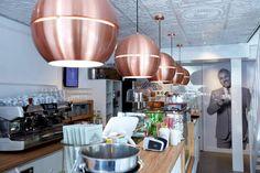 Lámpara colgante SLICE 50 de estilo vintage en cobre, le dará un toque sesentero a cualqueir estancia.