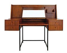 Penteadeira-escrivaninha (déc. de 1960), de caviúva, design Geraldo de Barros, no Escritório de Arte Thomaz Saavedra.
