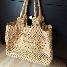 """New Cheap Bags. The location where building and construction meets style, beaded crochet is the act of using beads to decorate crocheted products. """"Crochet"""" is derived fro Crotchet Bags, Knitted Bags, Crochet Handbags, Crochet Purses, Diy Macrame Wall Hanging, Macrame Bag, Macrame Knots, Cheap Bags, Ivoire"""