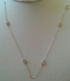 Mira este artículo en mi tienda de Etsy: https://www.etsy.com/listing/205718823/diamond-on-the-jar-solid-14k-yellow-gold