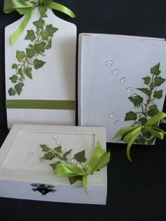 craft Ivy Leaf, Ornaments, Tableware, Green, Crafts, Dinnerware, Manualidades, Dishes, Decorations