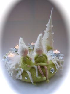 XL:Advent wreath,Christmas,Fairy,Pixie. Waldorf.Christmas. by FilzArts on Etsy https://www.etsy.com/listing/210645727/xladvent-wreathchristmasfairypixie