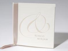 Trouwkaart 'Remco & Mirjam' artikelnummer 62.1344 prijs vanaf € 2,08 http://trouwkaarten.familycards.nl/kaartdetails/62.1344/