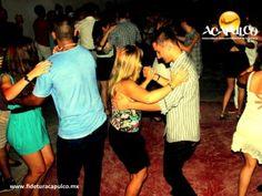#antrosdemexico Vive Cuba en Mojito Bar de Acapulco. ANTROS DE MÉXICO. En el bar Mojito de Acapulco, tendrás la oportunidad de vivir los sones cubanos como si estuvieras en la misma Cuba, ya que Aramis Galindo y su grupo de música en vivo, te pondrán a salsear y rumbear toda la noche hasta que el cuerpo aguante. Te invitamos a visitar la página oficial de Fidetur Acapulco, para obtener más información.