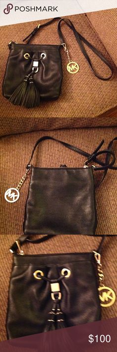 """Michael Kors """"Camden Drews"""" Crossbody leather bag Black - so cute with tasells, outside pocket and pocket inside also! Michael Kors Bags Crossbody Bags"""