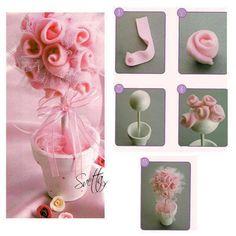 arvorezinha com flores de feltro