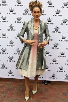 Sarah Jessica Parker at Oaks Day in Melbourne. Nice outfit for a wedding.