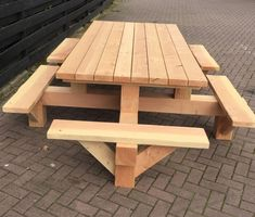 Diy Picnic Table, Wooden Picnic Tables, Picnic Table Plans, Woodworking Furniture, Woodworking Plans, Woodworking Projects, Woodworking Techniques, Diy Garden Furniture, Diy Outdoor Furniture
