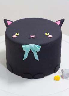 Mini Animal Cakes | Whipped Bakeshop                                                                                                                                                                                 More