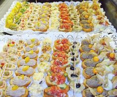 Cocina – Recetas y Consejos Party Food Buffet, Appetizer Buffet, Appetizer Recipes, Appetizers, Snack Recipes, Party Canapes, Healthy Finger Foods, Yummy Food, Tasty