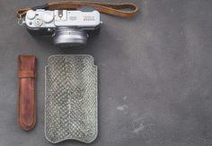 Zalmleren iPhone 7 hoesje. Dit telefoonhoesje is gemaakt van bijzonder zalmleer. Gratis verzonden!