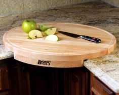 Put your corner kitchen counter to use with this oval-shaped corner cutting board. This wood cutting board is easier on knives and bacteria won't take over this board. Kitchen Items, New Kitchen, Kitchen Dining, Kitchen Decor, Kitchen Corner, Kitchen Board, Kitchen Products, Unique Kitchen Gadgets, Kitchen Sink