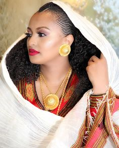 Health Hair Care Advice To Help You With Your Hair. Do you feel like you have had way too many days where your hair goes bad? Ethiopian Braids, Ethiopian Dress, Ethiopian Traditional Dress, Traditional Hairstyle, Traditional Dresses, Ethiopian Beauty, Ethiopian Jewelry, African Hairstyles, Braided Hairstyles
