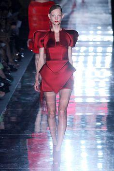 Paris Couture Fashion Week, Alexander Vauthier. #So_fresh.