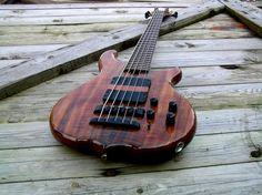 A beautiful bass from Swedish luthier UNICORNbass in koa