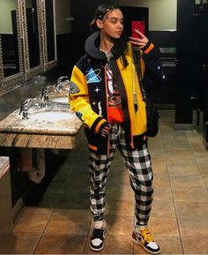 Cool, colorful and comfy Tomboy Outfits, Girl Outfits, Cute Outfits, Rapper Outfits, Fashion Killa, 90s Fashion, Fashion Outfits, Modern Fashion, Chris Brown Outfits