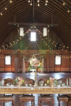 Ideas For A Colorful Wedding Theme