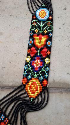 Fringe Necklace, Seed Bead Necklace, Beaded Earrings, Seed Beads, Weaving Loom Diy, Bead Weaving, Bead Loom Patterns, Bracelet Patterns, Bead Jewellery