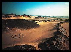 # Tumulus, ancien tombeau du néolithique Tassilialgerie