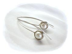 Gyöngyös füli acéllal , Ékszer, óra, Fülbevaló, Meska Pearl Earrings, Pearls, Jewelry, Pearl Studs, Jewlery, Jewerly, Beads, Schmuck, Jewels