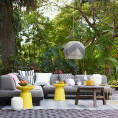 terrasses et jardins avec salon gris par Tillary Sofa