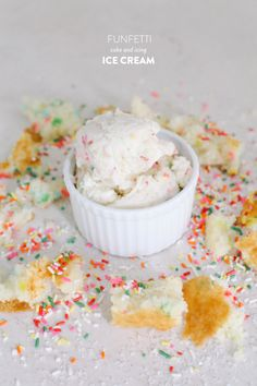 Best Ever Funfetti Cake and Icing Ice Cream via StyleMePretty Living. Frozen Desserts, Frozen Treats, Just Desserts, Delicious Desserts, Dessert Recipes, Yummy Food, Dessert Healthy, Fun Recipes, Delicious Dishes