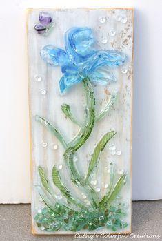 Broken Glass Art, Shattered Glass, Sea Glass Art, Recycled Art, Recycled Glass, Crushed Glass, Glass Flowers, Beach Art, Art Projects