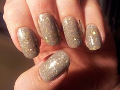 """NZ made nail polish! Star Kin """"Fog People"""" - dove grey with silver and gold holo glitter"""