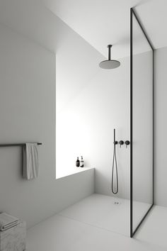 Bathroom decor for the master bathroom remodel. Learn master bathroom organization, bathroom decor suggestions, master bathroom tile tips, master bathroom paint colors, and much more. Minimalist Bathroom Furniture, Modern Bathroom Design, Bathroom Interior Design, Interior Decorating, Contemporary Bathrooms, Interior Modern, Modern Contemporary, Casa Kardashian, The Way Home