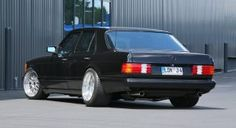 Old Skool Tuning: 1983 Mercedes-Benz with by Inden Design Mercedes 500, Stopping Power, Sport Seats, S Class, Wood Trim, Alloy Wheel, Design Thinking, Old Skool, Tail Light