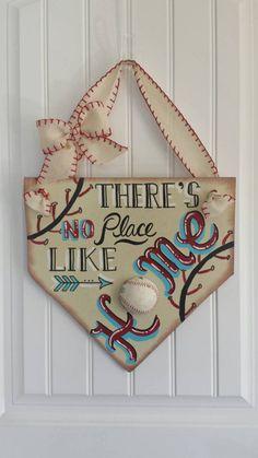 "Baseball Decor - ""There's no place like home"" Home Plate Door Hanging - Baseball & Softball - Baseball Wreath - Coach's Gifts-MLB- Home Base - MSJacobs - Dekoration Baseball Wreaths, Baseball Signs, Baseball Mom, Baseball Stuff, Softball Mom, Baseball Season, Softball Wreath, Softball Cheers, Softball Stuff"