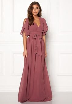 Make Way Isobel dress Old rose - Bubbleroom Old Rose Bridesmaid Dress, Wedding Entourage Gowns, Dress Wedding, Old Rose Dress, Grad Dresses Short, Gowns With Sleeves, Beautiful Prom Dresses, Gowns Online, Elegant Outfit