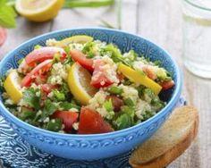 Salade de semoule menthe-tomates : http://www.fourchette-et-bikini.fr/recettes/recettes-minceur/salade-de-semoule-menthe-tomates.html