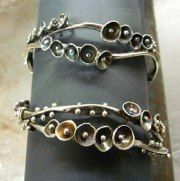 Andrea Guarino-Slemmons : DOUBLE BUTTERCUP BRACELETS
