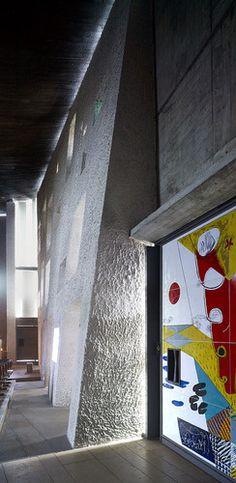 Chapelle Notre Dame du Haut, Ronchamp, France by Le Corbusier :: 1950–1955