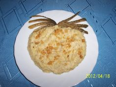Nastavovaná kaše - brambory a kroupy Camembert Cheese, Muffin, Eggs, Breakfast, Ethnic Recipes, Food, Morning Coffee, Essen, Muffins