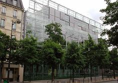 Gallery of AD Classics: Fondation Cartier / Jean Nouvel - 4 Jean Nouvel, Fondation Cartier, Barbara Ann, Behind The Glass, Illumination Art, Glass Facades, Exhibition Space, Interior Exterior, Sustainable Design