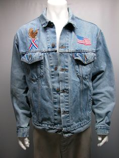 Vintage Levi's Distressed  70507-0389 Denim Jean Jacket Made in USA LARGE #levis #JeanJacket