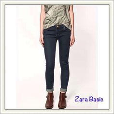 PM_Editor Pick {Zara} Jeans Great jeans for everyday causal look. Super comfortable, lean & stretchy fit features 5-pockets styling and a long-worn vintage feel that figures your figure. Size 6, 98% cotton, 2% Elastane. Will be freshly laundered before shipping, from a non-smoking house.   ❌ No Trades/Paypal  ❌No Lowballs ✅ Bundle discounts ✅Ship same or next day   Authentic Zara Jeans