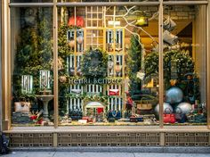 We'll be the first to admit that holiday shopping in NYC can be a total nightmare, but the incredibly creative and ornate window displays these department stores come up with every year make it a bit more bearable. Find out when the unveiling ceremonies take place outside of heavy-hitters like Henri Bendel, Saks Fifth Avenue and Macy's.