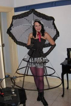 Easy DIY Parasol from an Umbrella Skeleton | Strazor Blog